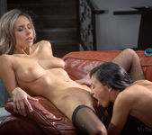 Rosaline Rose, Tracy Smile - Colombina - Viv Thomas 9