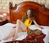 Nicole - Magnificent Hair - Stunning 18 2