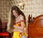 Nicole - Magnificent Hair - Stunning 18 4