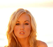 Kayden Kross - Salton Sea - Holly Randall 16