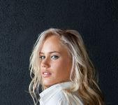 Paige - Melnasiena - Rylsky Art 2
