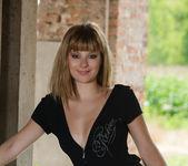 Charlise Bella - Presenting Charlise - MetArt 2