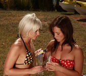 Tess A, Tracy Lindsay - Canoe Adventure - Viv Thomas 2