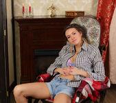 Lucy G - Rocking Chair - Stunning 18 5