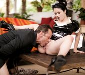 Yhivi - Bad Maid 12