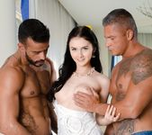 Crystal Greenvelle, Vinny Star - Twice the Shaft - 21Sextury 3