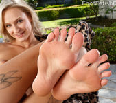 Emma Hix Loves Her Red Toes Licked 6