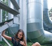 Melisa E - Chain Reaction - The Life Erotic 2