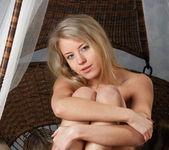 Barbara D - Cradle - Stunning 18 11