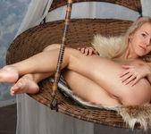 Barbara D - Cradle - Stunning 18 12