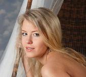 Barbara D - Cradle - Stunning 18 15
