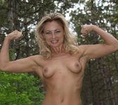 Presenting Laura J 1 - Erotic Beauty 9