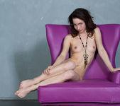 Presenting Alyse - Stunning 18 15