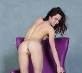 Presenting Alyse - Stunning 18 16