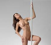 Inside - Lauren - Femjoy 4