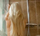Bella Blond, Kiara Lord - Shower - Viv Thomas 6