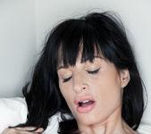 Ava Courcelles, Erica Fontes - Exiguity - Viv Thomas 9