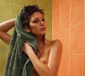 Valerina A - Senual Bathing 1 - Erotic Beauty 10