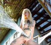 Shirley Manson - Body Art - The Life Erotic 10
