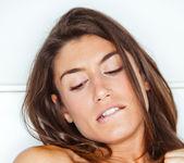 Julia Roca, Talia Mint - Stimulate - Viv Thomas 11