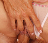 Blue Angel - Masseur - Viv Thomas 9