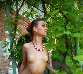 Nida - Sweat Outdoors - Erotic Beauty 9