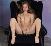 Joan - Black Chair - Stunning 18 13