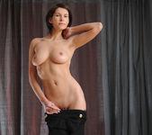 Suzanna A - Ovari - MetArt 6