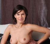 Suzanna A - Ovari - MetArt 7