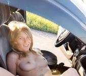 Mila - Das Auto - Rylsky Art 4
