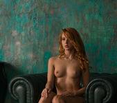 Roberta Berti - The Den - The Life Erotic 5