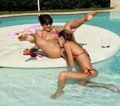 Bella Beretta, Gina Gerson - Double Exposure - ALS Scan 4