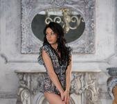 Venessa - Empire Style - Stunning 18 3
