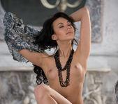 Venessa - Empire Style - Stunning 18 5