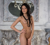 Venessa - Empire Style - Stunning 18 13