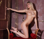 Barbara D - Limelight - Stunning 18 12
