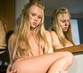 Willa - Blonde Beauty - Holly Randall 3