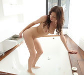 Anastasia - Ducha - Errotica Archives 4