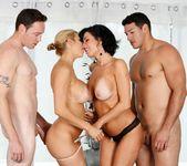 Veronica Avluv, Alexis Fawx - Hotel Room Mishap 4