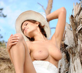 Suzanna A - Palmiye - MetArt 6