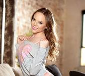 Aubrey Star - Sugar Kisses - Holly Randall 3