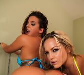 Keisha Grey and Alexis Texas share a hard cock 8