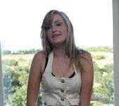 Mandy Roe - Ripped Jeans - SpunkyAngels 6