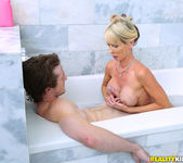 Tylo Duran - Sudsy Slut - MILF Hunter 8