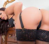 Rachel Starr gets maximum penetration from Manuel Ferrara 22
