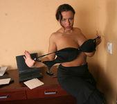 Aneta Secretary - Aneta Buena 2