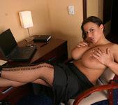 Aneta Secretary - Aneta Buena 3