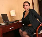 Aneta Secretary - Aneta Buena 5