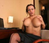Aneta Secretary - Aneta Buena 11