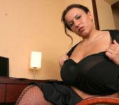 Aneta Secretary - Aneta Buena 13